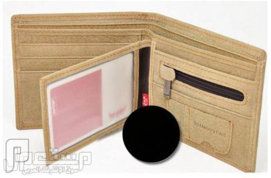 محافظ رجالية ماركة عالمية من الجلد الطبيعي موديل الحبيبان اللون البني السعر 275 ريال ماركة Levi's