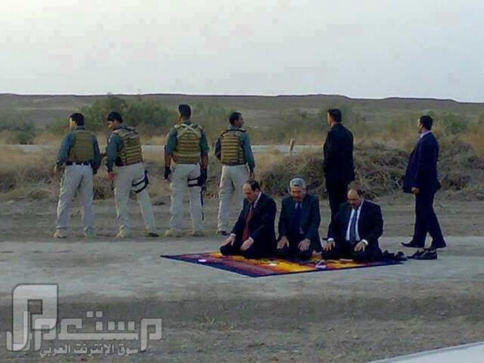 هكذا يناصرون المالكي المنافقين المالكي اصبحت اجتماعاته بالصحراء