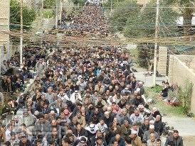 مظاهرات اهل السنه في الانبار مدينة الفلوجة احد افرع الفلوجة