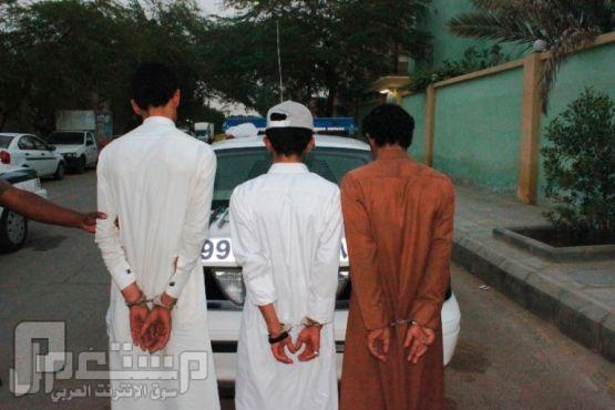 الرياض : الإطاحة بعصابة سرقات مكاتب الاستقدام بعد مطاردة على الأرض..!!