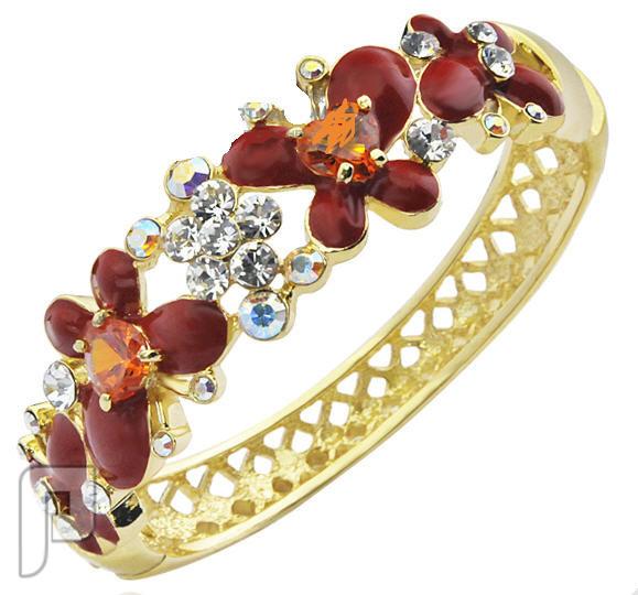 تشكيلة مجوهرات رقم 2 : هدايا و اساور و خواتم نسائية أسورة الفراشات الأنيقة اللون أحمر من EFine  السعر 175 ريال