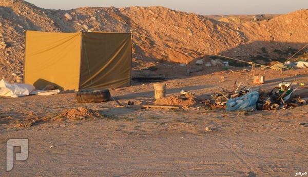 فيديو وصور: الفقر يشرد عائلة مكونة من 13 فرد في صحراء الرياض