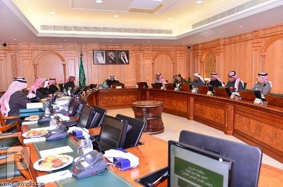 التأمين الصحي يتمدد ليشمل الكل وزير الصحة يرأس المجلس الصحي
