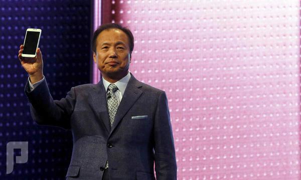 """راتب رئيس """"سامسونج"""" يصل إلى 5.8 مليون دولار سنوياً يتفوق على راتب رئيس """"أبل"""" بـ1.3 مليون دولا"""