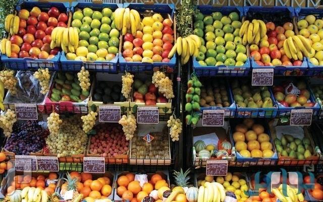 خبراء: تعرُّض الخضار والفواكه للشمس يقلل قيمتها الغذائية وقد يعدمها