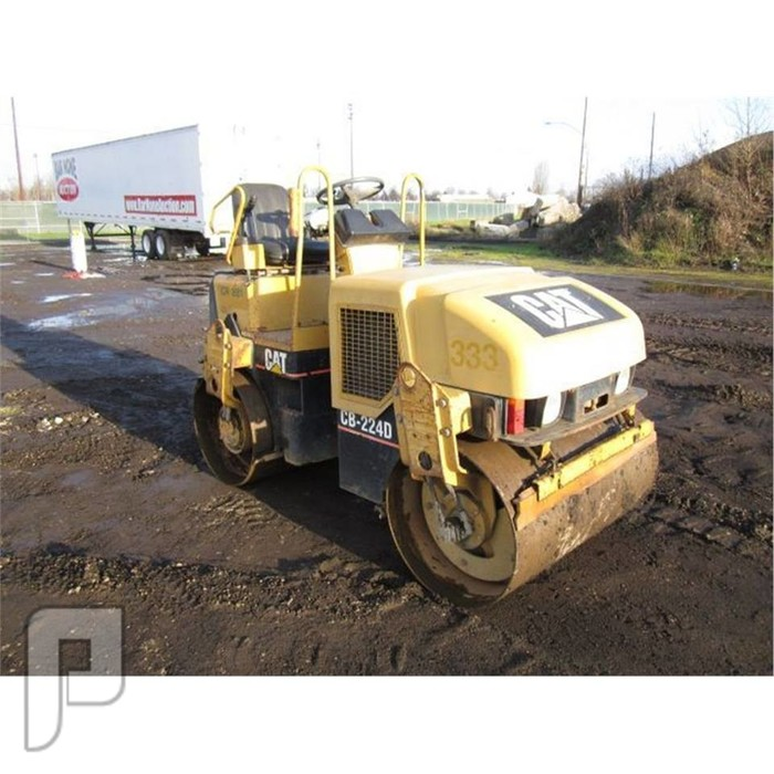 IT#212 2004 - CATERPILLAR CB224D