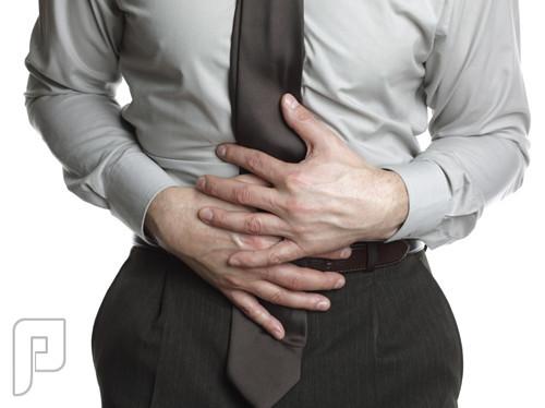 9 علاجات طبيعية لتخفيف الإمساك وتطهير الأمعاء