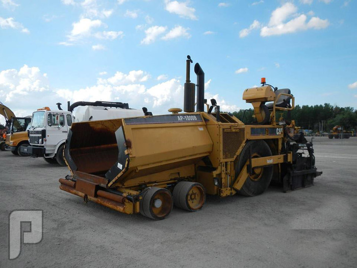 IT# 490- 2005 CATERPILLAR AP-1000B Pneumatic Asphalt Paver AM
