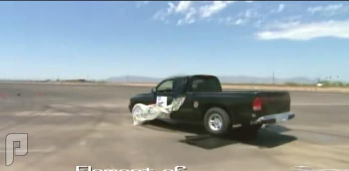 طريقة مبتكرة لإيقاف سيارات المجرمين الهاربين من الشرطة