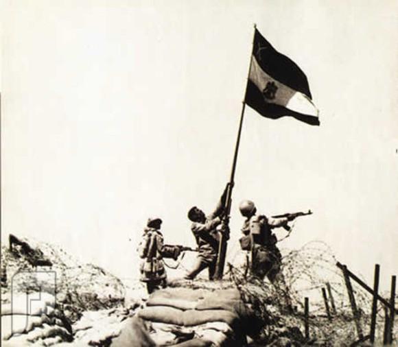 صور لن تمحى من الذاكرة ، رفع العلم المصري في حرب 6 أكتوبر