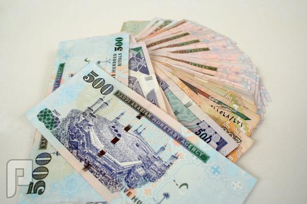 أكبر مزور عملة..يتكلم بصراحة عن العملة السعودية