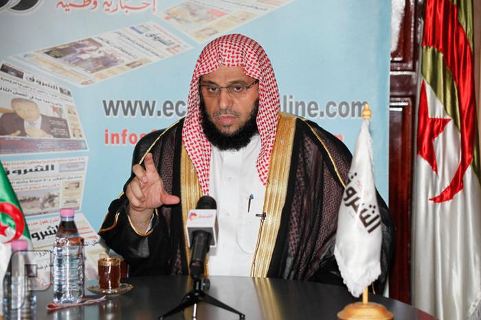 قصة نجاح الحضارم بالتجارة يجب ان تدرس في المدارس الشيخ عايض القرني