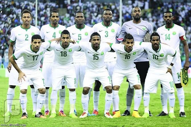 توقعاتكم احبائي الكرام لمباراة اليوم بين الاخضر والعنابي عناصر المنتخب السعودي
