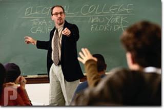 خمسة مواقع أهم من دراسة الجامعة!