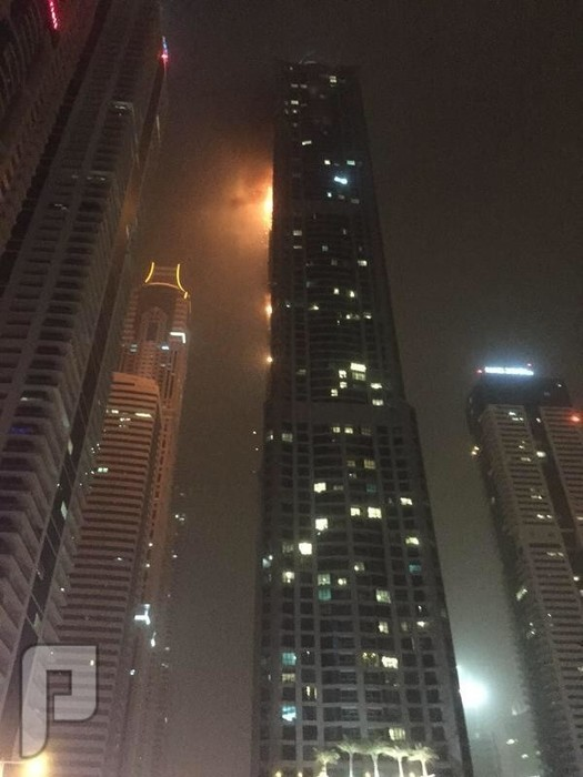 حريق في اعلى برج سكني بالعالم برج تورش في #دبي (صور)