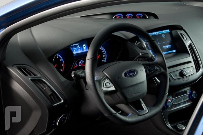 شاهد السيارة فورد فوكس أر اس 2016 Ford Focus RS
