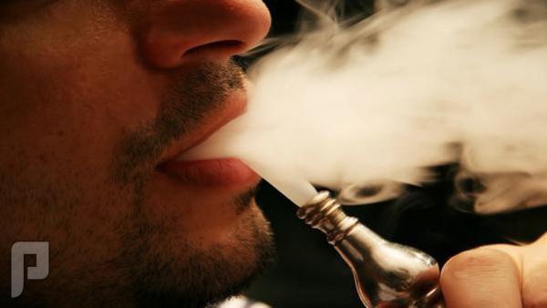 """""""سحبة"""" واحدة من الشيشة تعادل تدخين سيجارة كاملة"""