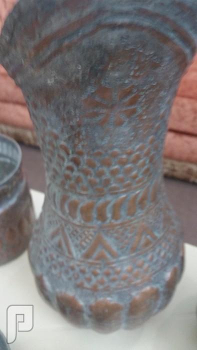 36 قطعهة نحاسية تراثية منقوشه-قديمه جدا -تحف فنيه