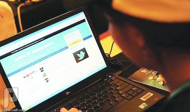 شائعات «شبكات التواصل».. لاتصدقْ كل شيء! وسائل التواصل الاجتماعي أسهمت في سرعة انتشار الشائعات