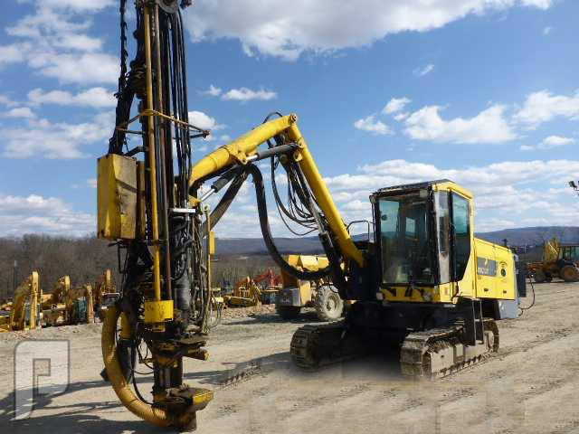 IT# 9956-2005 ATLAS COPCO MO ROC F7-11 TRACK ROCK DRILL
