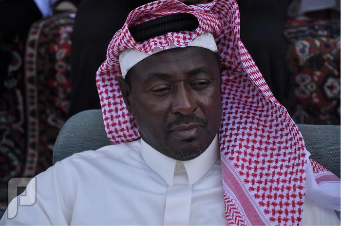 احمد جميل يسوق دباب ومعاه محمد عبدالجواد..قديمك نديمك