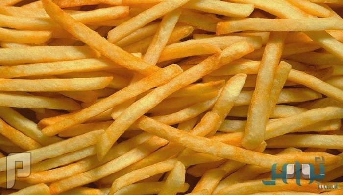 خبراء: البطاطا المقليّة عدوة لكل مَن يسعى إلى إنقاص وزنه