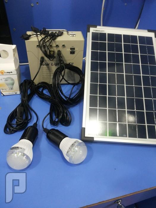 تشكيلة كاملة من الطاقة الشمسية للرحلات وكشتات ولاصحاب الحلال طاقة كا ملة مع اغراضها 4 لمبات لوحة جهاز وصلة 10واط ب