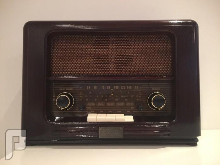 للبيع راديو تراثي خشبي جديد ( انتيك )