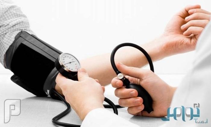 دراسة: خفض ضغط الدم يقي من الأزمات القلبية