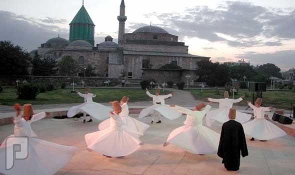 التائب سعد السبيعي :عقيدة كفرية يعتقدها بعض المتدينين الدراويش الحلولية ووحدة الوجود ( تعالى ربنا وتنزه )