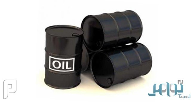 النفط يرتفع قليلاً في تعاملات مُتقلبة بعد خسائر ثقيلة