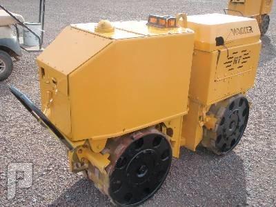 IT# 5397-2000 WACKER RT820 WALK BEHIND COMPACTOR