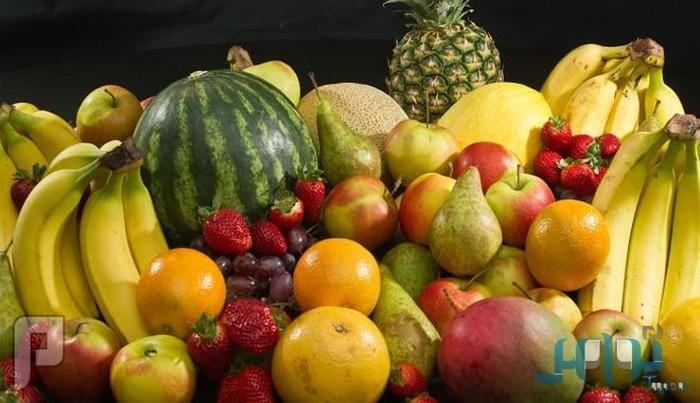 تناول الفاكهة ليلاً يسلب النوم من العين