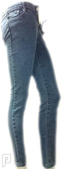 بناطيل جينز نسائية الأعلان الرابع بنطلون جينز نسائي أزرق اللون ذو مقاس L رقم (5) السعر 199