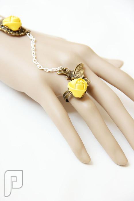 مجوهرات نسائية مميزة الإعلان السابع موديل 263 مجوهرات ==== أسورة مع خاتم كأجمل اكسسوار نسائي = السعر 60 ريال