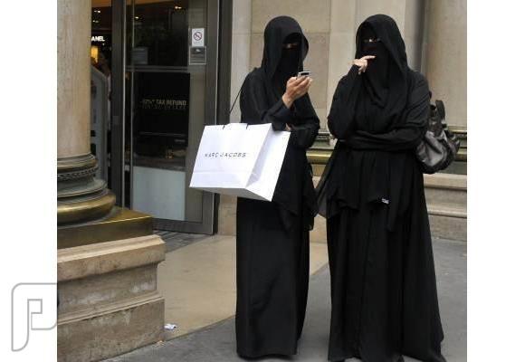 السفارة السعودية: لبس النقاب في سويسرا مخالفة