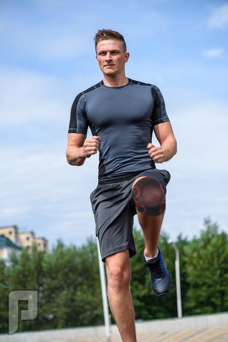 Ultra Flex Athletics Knee Compression Sleeve Support أفضل داعم ركبه عالميأُ