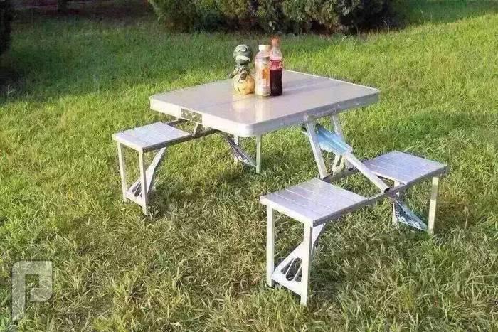 الطاولة العجيبة