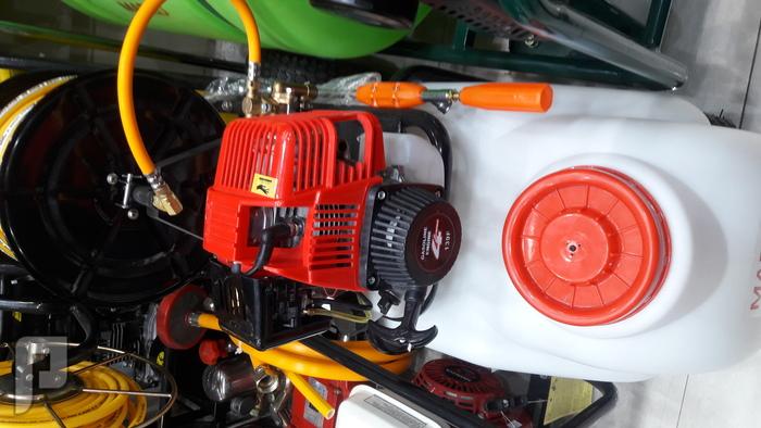 مكينة رش مو بيدات 60 لتر طول الي 45 متر يعمل على بنزين مكينة رش موبيدات على بنزين متنقل ب 2000 ريال