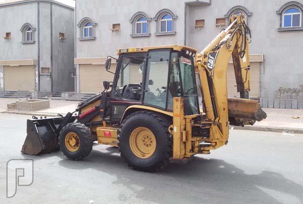عرجه كتربلر Caterpillar موديل 2002 الحجم 432D