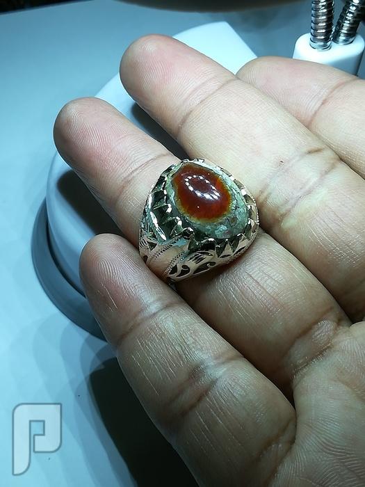 خاتم عقيق بقراني لون على لون