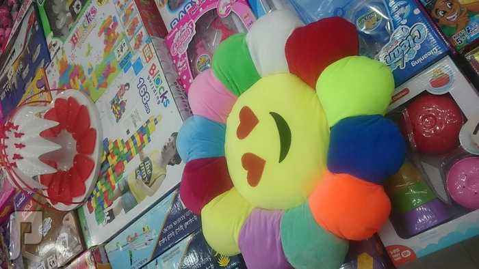 البالون المضضيئ المخده السعر 35 ريال