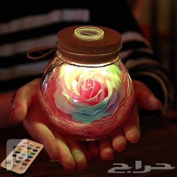 كرة الوردة المضيئة