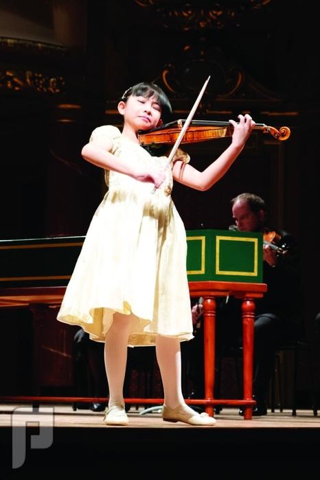 عرضان موسيقيان في الرياض وجدة لـ «أعجوبة الكمان»
