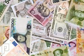 تذبذب أسعار صرف العملات يعيد توجيه رؤوس الأموال حول العالم