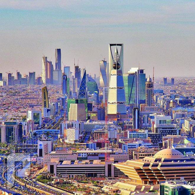 11 رئيسا تنفيذيا يرسمون مستقبل الاقتصاد العالمي في الرياض