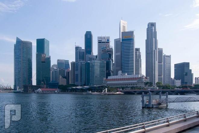 سنغافورة وهونج كونج