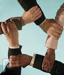 مارأيكم ان نتحد ونتكاتف ونقيم شراكات لمشاريع اقتصادية تناسب الوضع الراهن ..