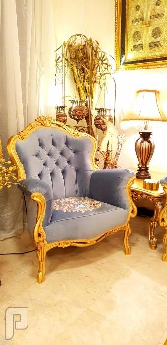 جديد في جديد أطقم كنب كلاسيكية ملكية جديدة مصنعة من خشب الزان التركي العريض