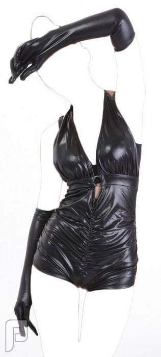 مجموعه متميزة من اللانجرى الأعلان الثانى 3- لانجري  جلدي ضيق أسود اللون